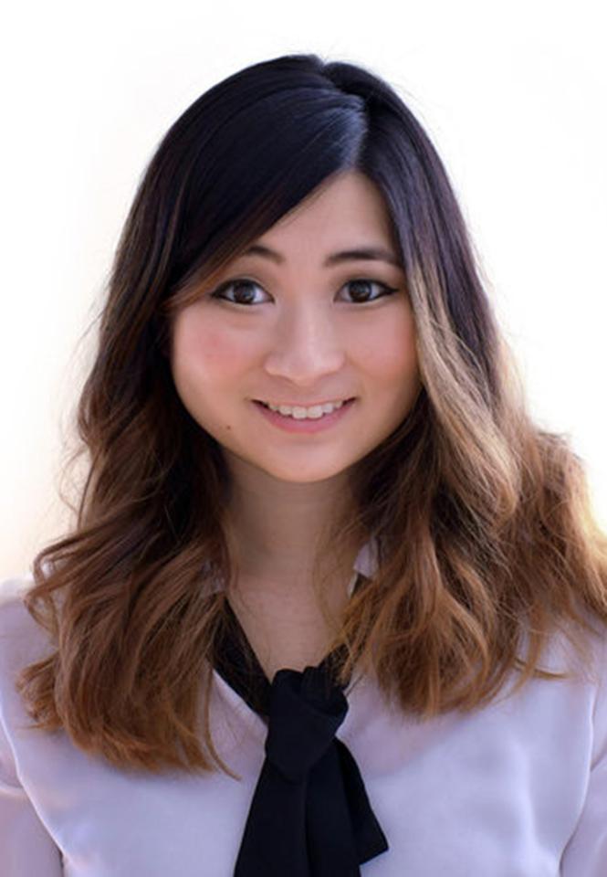 Tari Linda Lau's' Photo